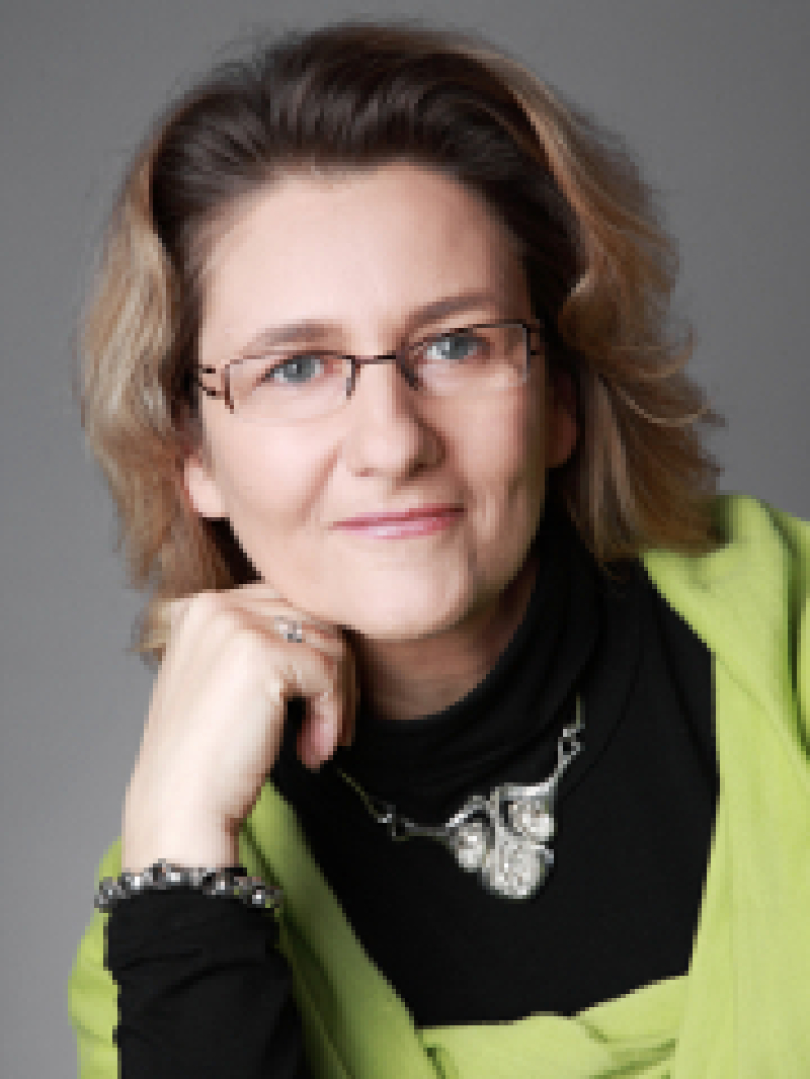 Prof. Dr. Beate Ratter